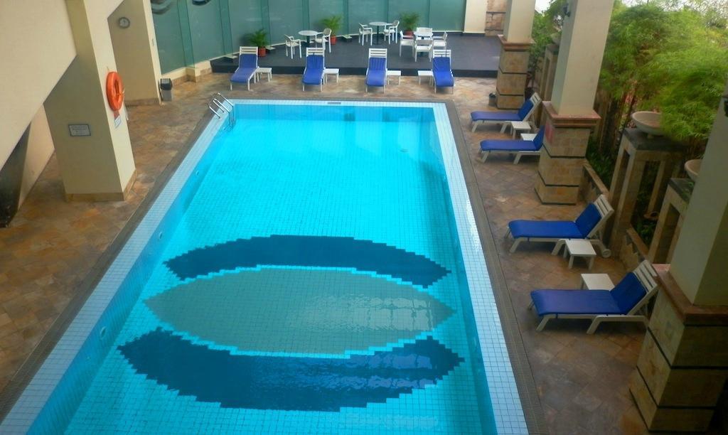 Golden boutique hotel angkasa jakarta indonesi foto 39 s reviews en prijsvergelijking - Stijl asiatique ...