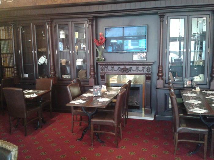 Au bureau maubeuge avenue de la gare restaurant for O bureau restaurant
