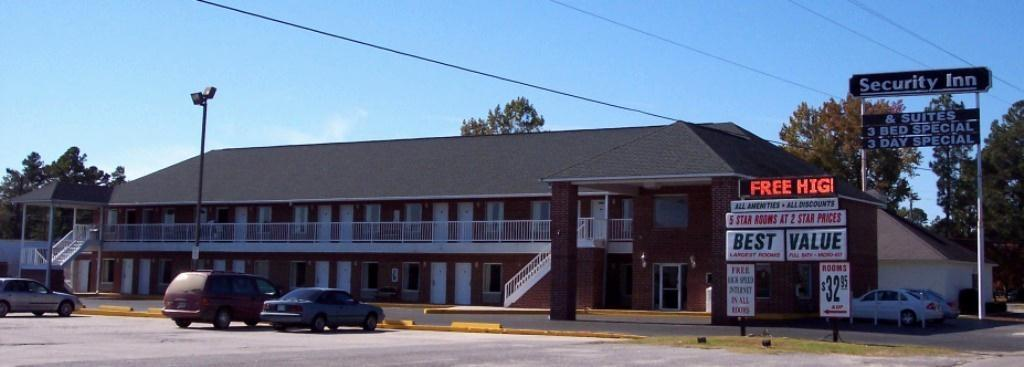 Security Inn & Suites - UPDATED 2017 Reviews & Photos ...