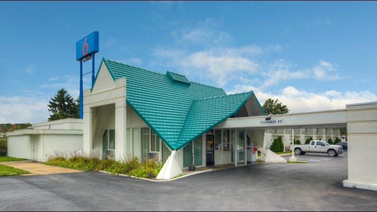 Motel 6 Geneva