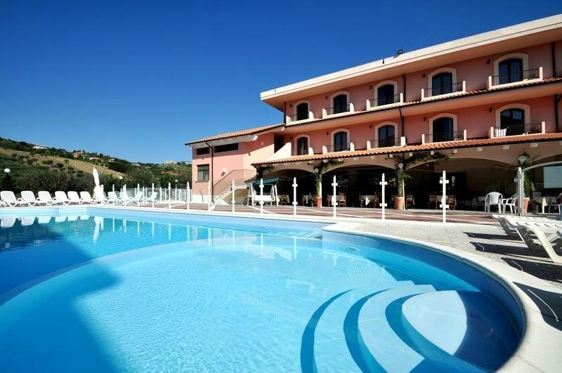 Hotel Ristorante Villa Elena