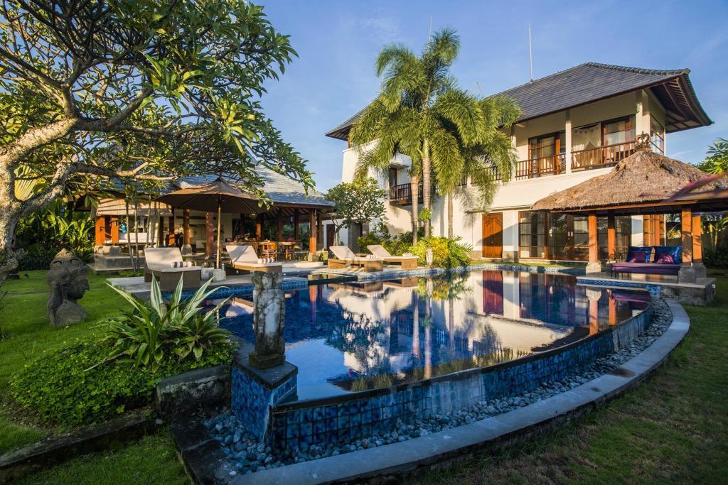 Villa Ayo