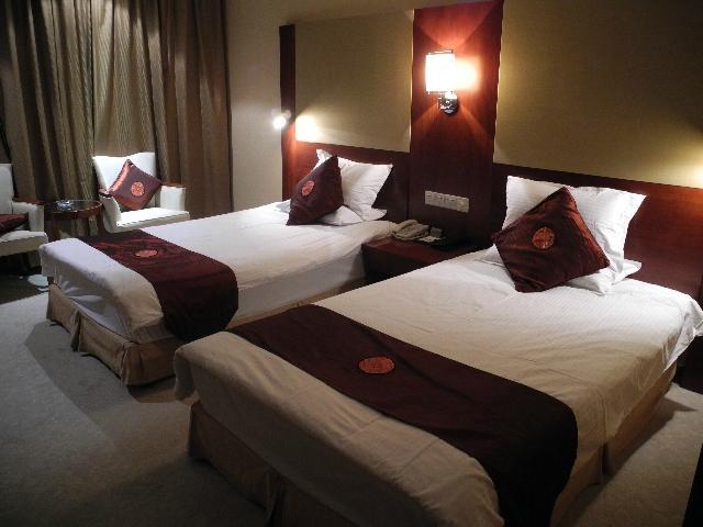 グラモア ホテル