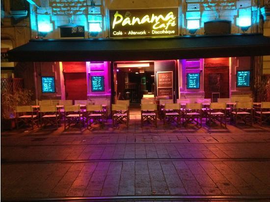 Le Panama Cafe