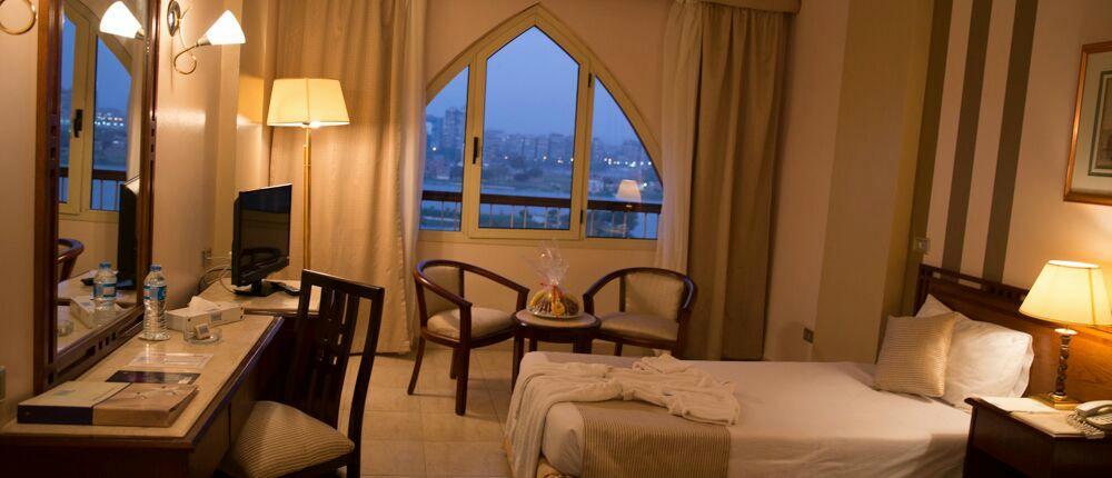 فندق سويس ان النيل
