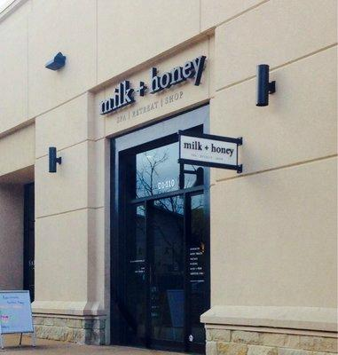 ‪Milk and Honey Spa‬