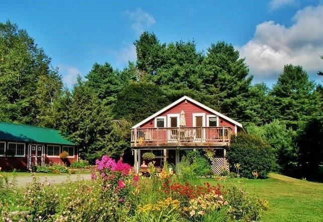 Abbott's Glen Clothing-Optional Inn and Campground