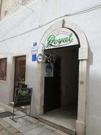 Caffe Bar Galerija Royal