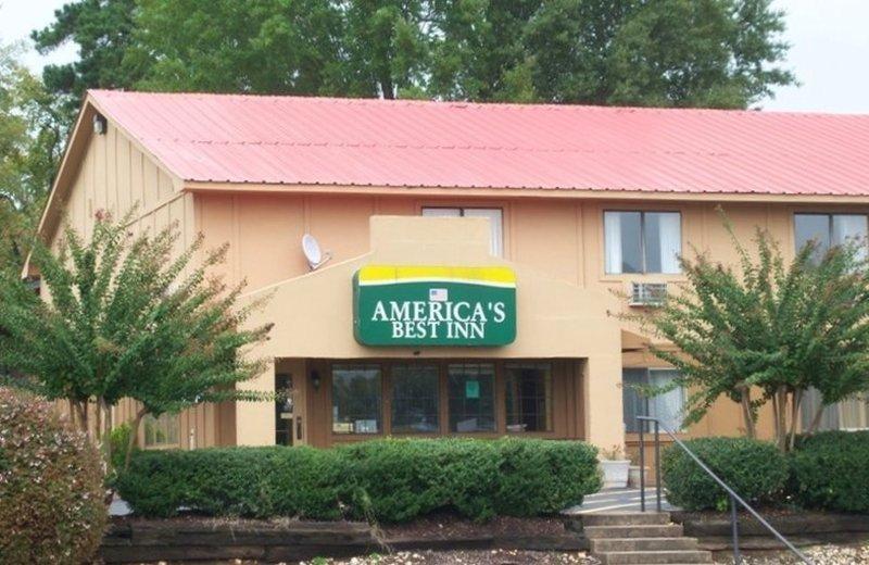 America's Best Inn Benton Hotel