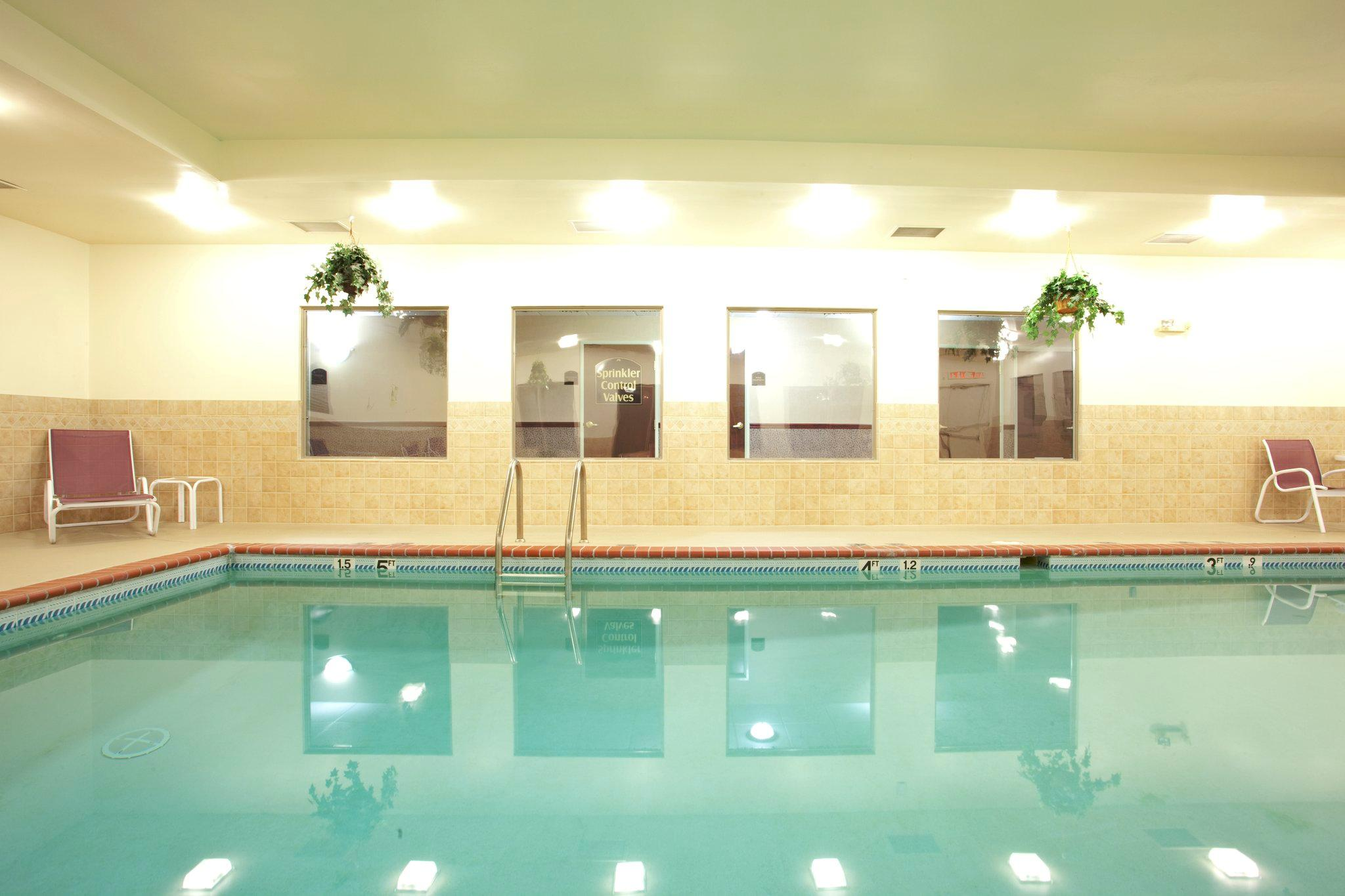 Holiday Inn Express Hotel & Suites Christiansburg