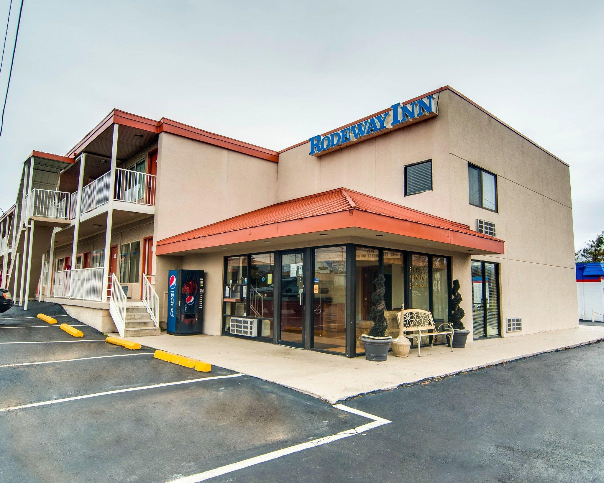 Rodeway Inn Civic Center