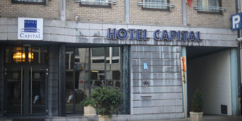 호텔 캐피탈