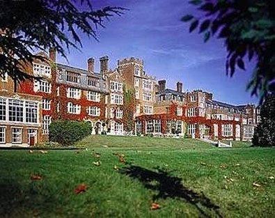 De Vere Selsdon Estate