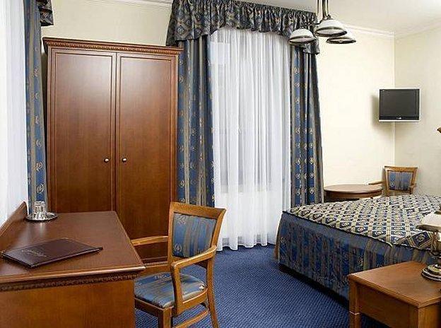 アルカダ ホテル