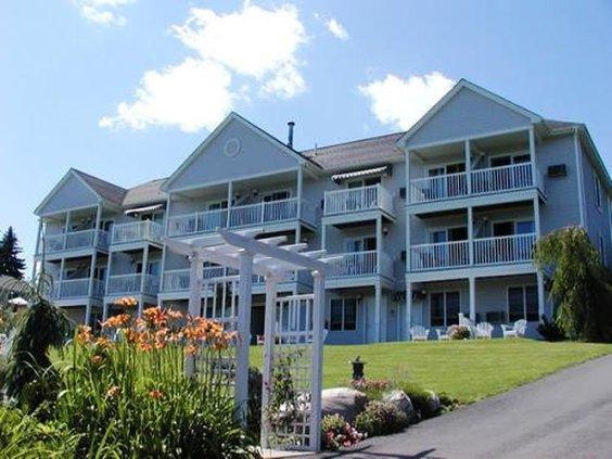 Strawberry Hill Seaside Inn
