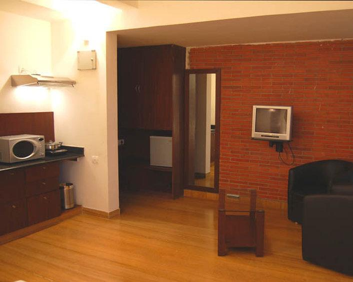 โรงแรมไอราวาแทม บูติก