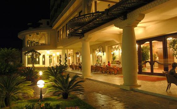 加利亞大飯店