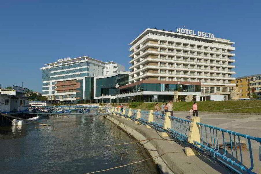 デルタ 3 ホテル