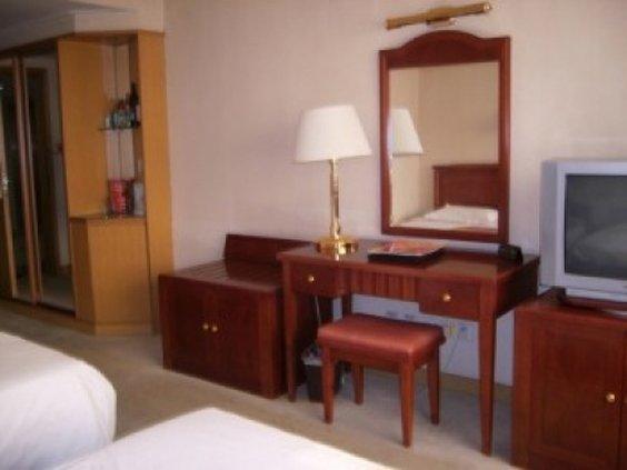 Yangguang Qinda Hotel