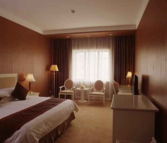 シャンハイ アイフルトン ホテル(上海艾福敦酒店)