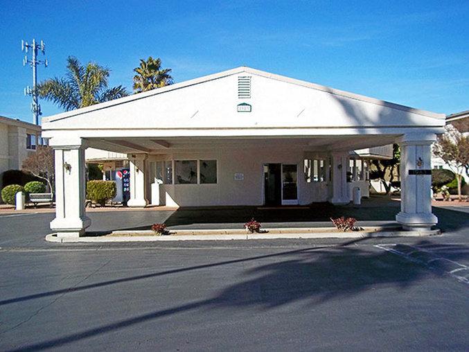 Motel 6 Merced