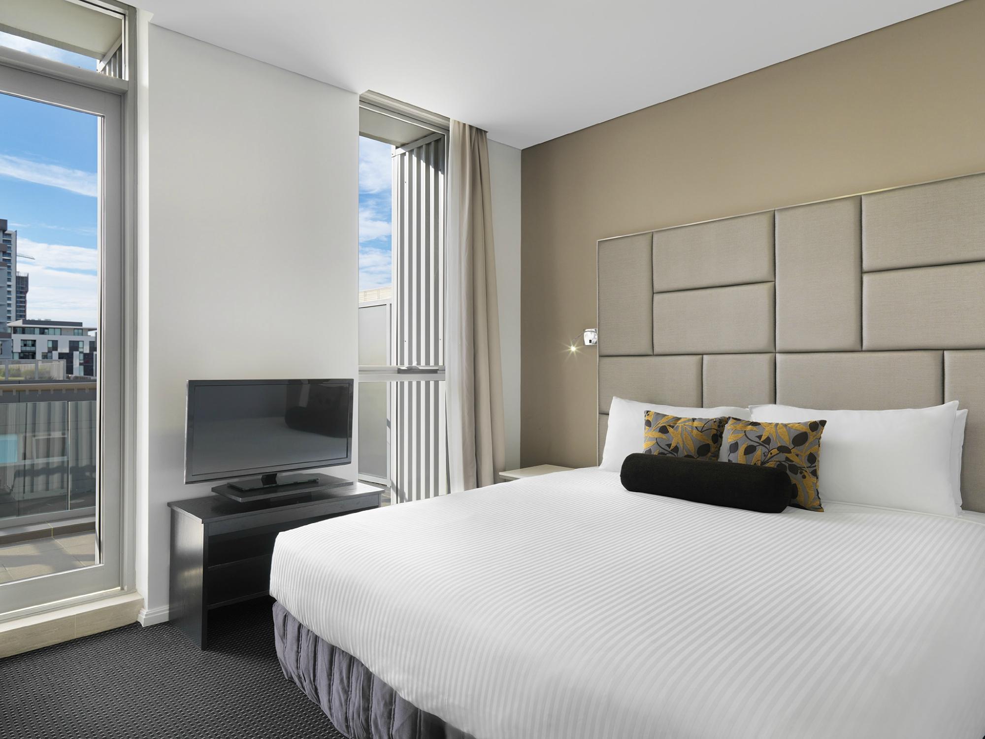 Meriton Serviced Apartments Zetland, Sydney