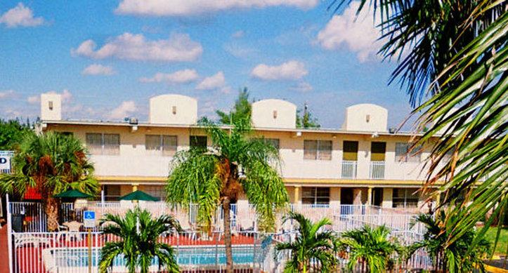 America's Best Inn Pompano Beach