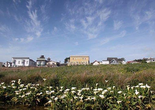 Mendocino Hotel and Garden Suites