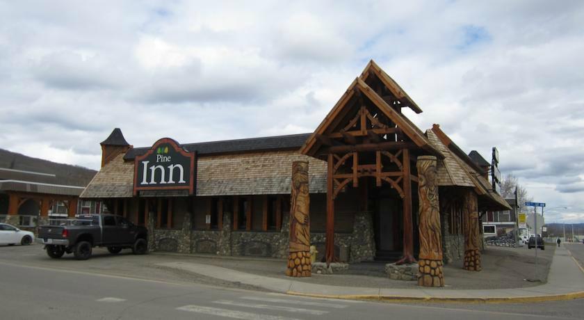 Pinecone Inn & Suites
