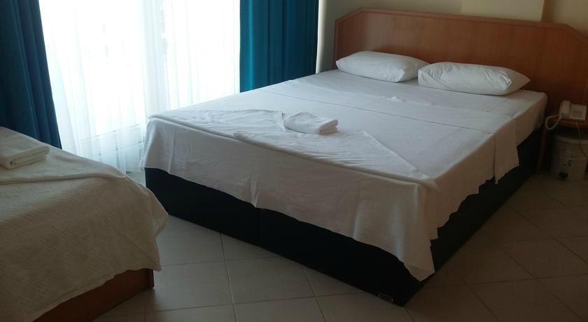 Grand Nett Beach Hotel