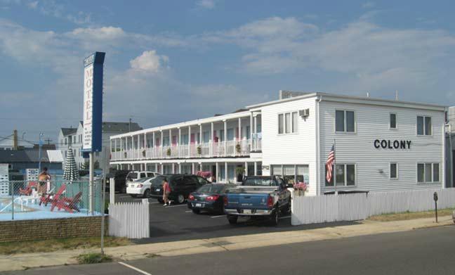Seaside Colony Motel