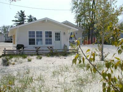 At The Sands Waterfront Cottages & After Prom Rentals Wasaga Beach