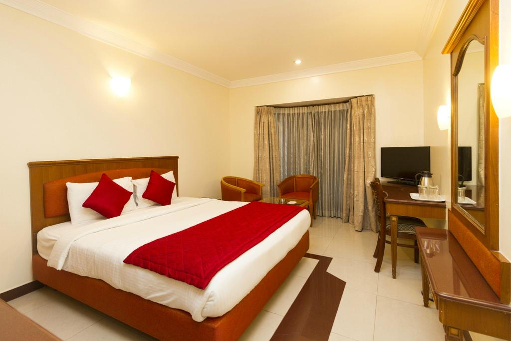 oyo rooms majestic updated 2017 hotel reviews price