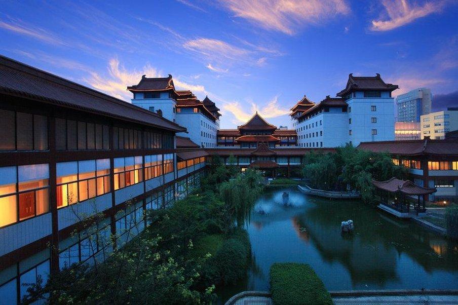 Ying Zhou Hotel