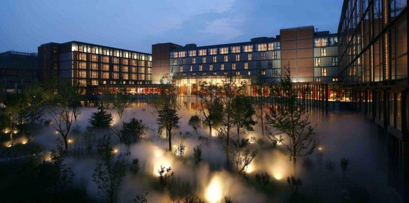 โรงแรม เดอะ เลควิว