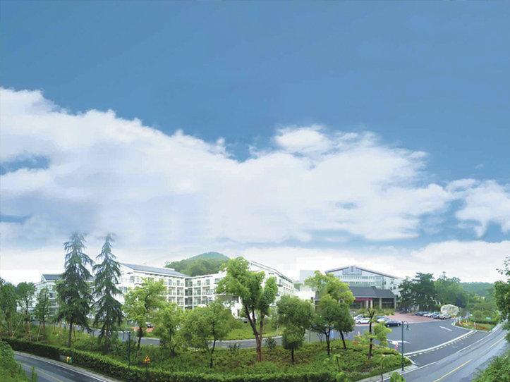Zhejiang Hotel (Santaishan Road)