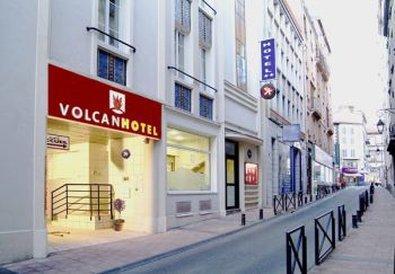 Volcan Hotel Ville
