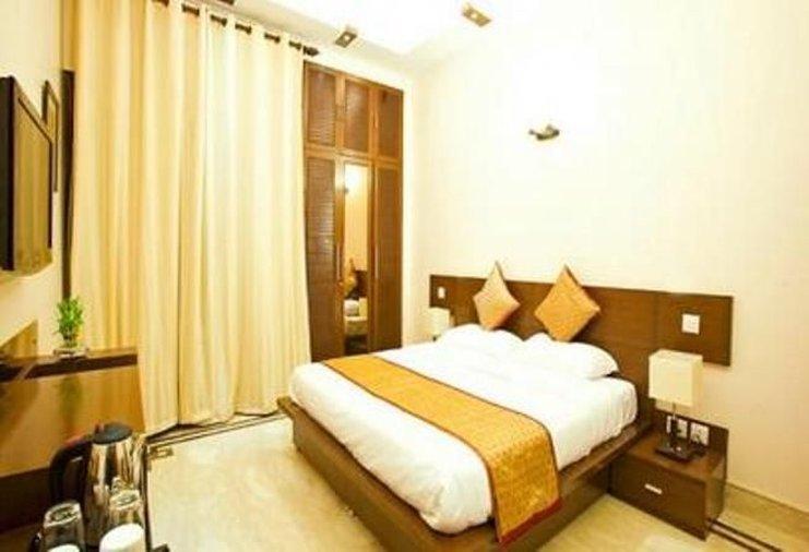 Stallen Suites & Apartments & FabHotel