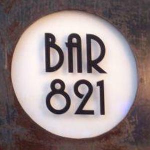 Bar 821