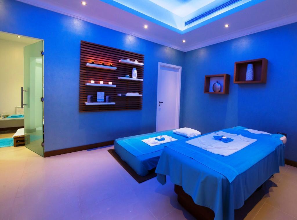 Point zero floatation center dubai united arab emirates for Actpoint salon review