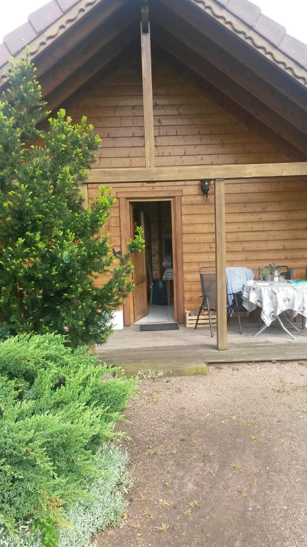 Au jardin d 39 emilie b b sundhouse voir 10 avis et 19 photos for Au jardin review
