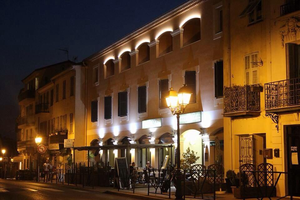 Hotel Restaurant Le Napoleon