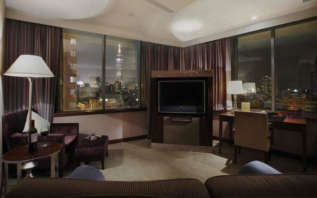 ホテル HD パレス