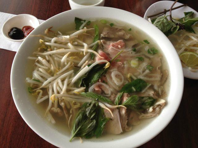 Pho viet nam 999 oshawa restaurant reviews phone for Asian cuisine oshawa