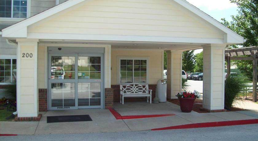 Home Towne Suites - Bentonville