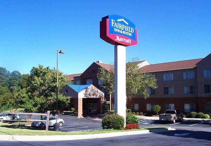 Fairfield Inn & Suites Macon