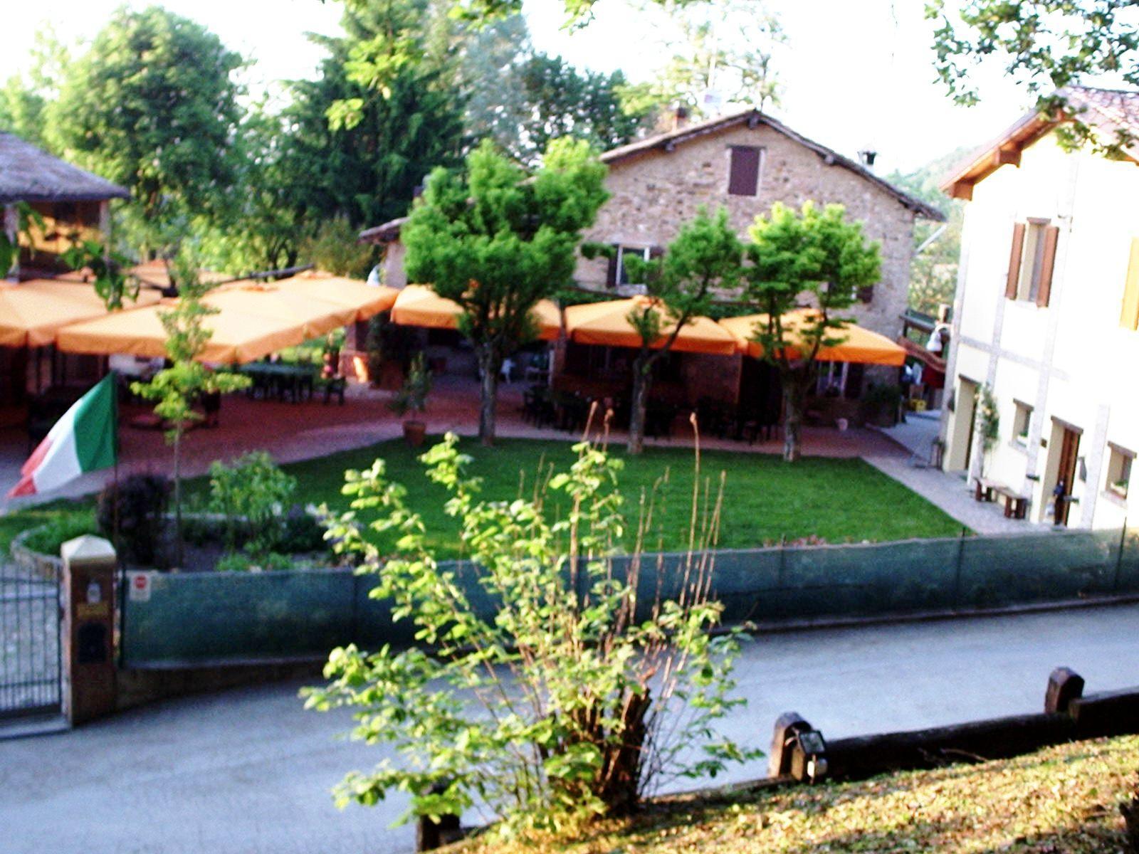 Most Popular Barbecue food in Castello di Serravalle, Valsamoggia, Province of Bologna