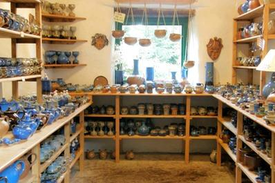 Coolavokig Pottery