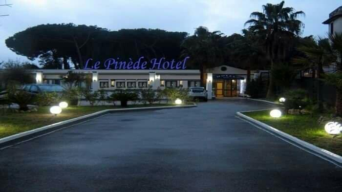 Hotel Le Pinede