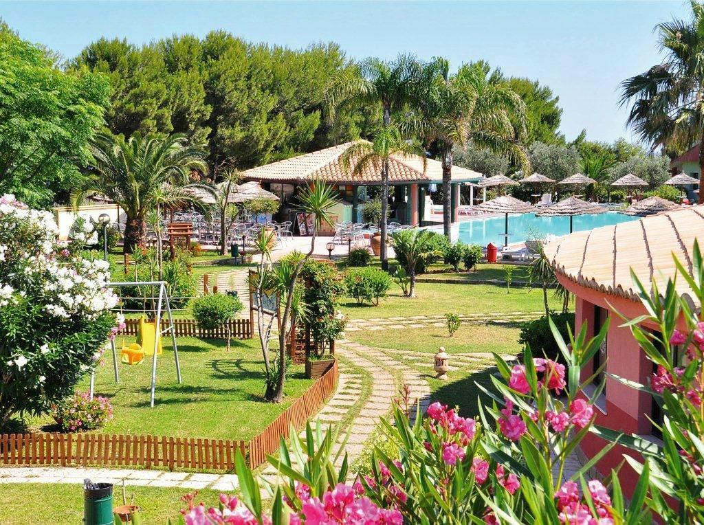 紅海灘村莊飯店